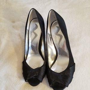 """Nina Black """"Peep-Toe"""" Heels-Sz 8.5-GUC-MSRP-$35"""